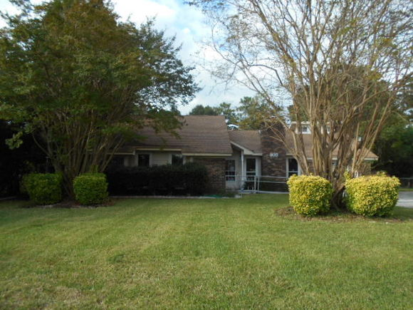 805 Beauregard Road, Summerville, SC 29483