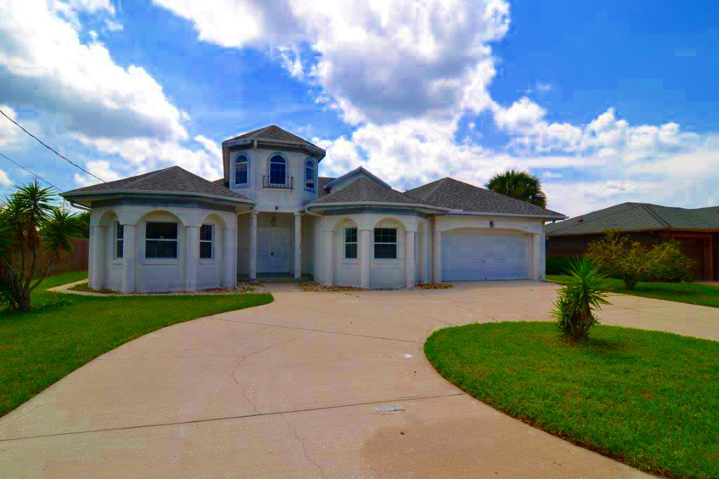 9 N. Clinton Court, Palm Coast, FL
