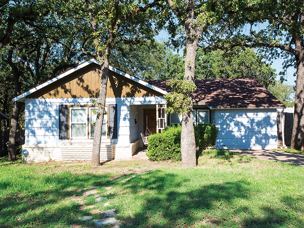 2412 Yeager St Fort Worth, TX  76112