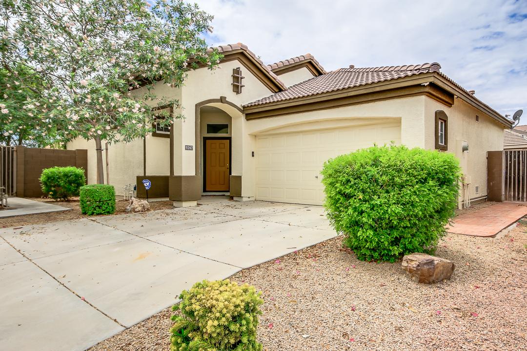 9247 E LOMPOC AVE, Mesa, AZ 85209